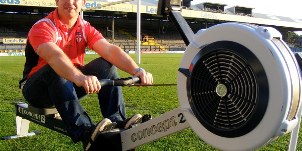 Steve McNamara takes up RL Rowing Challenge
